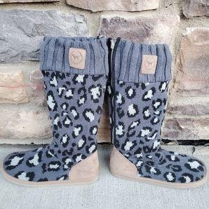 Victoria's Secret slipper boots